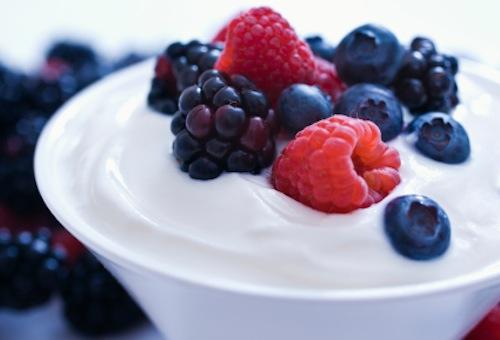 yogurt-with-berries