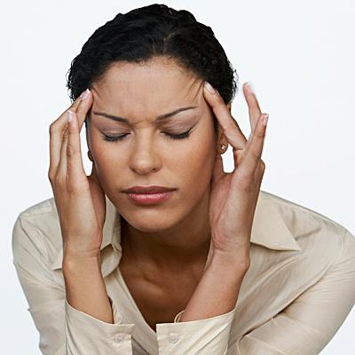 headache-triggers-woman