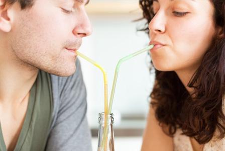 couple-drinking-homemade-soda