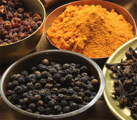 turmeric-black-pepper-me-first-living-curcumin