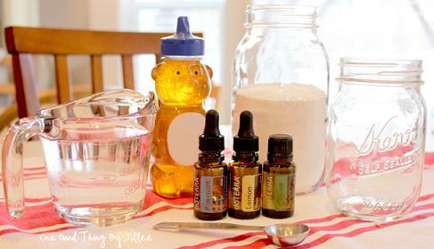homemade-honey-mint-mouthwash