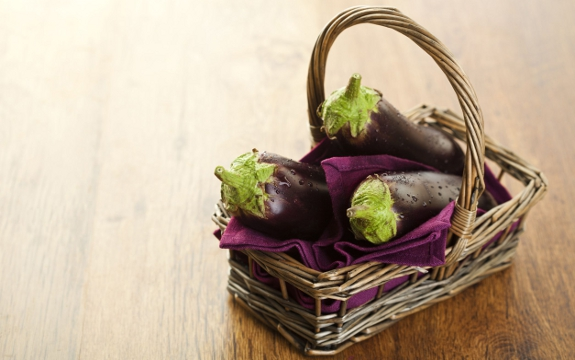 eggplants_basket