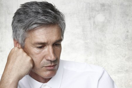 Прошарената коса не е признак на старост, а по-скоро на недостици!