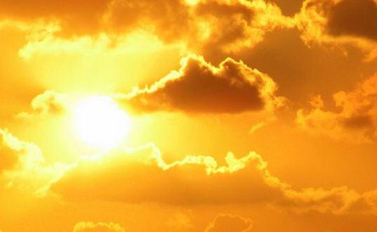 Указания за здрава кожа: за или против слънцето, битката продължава