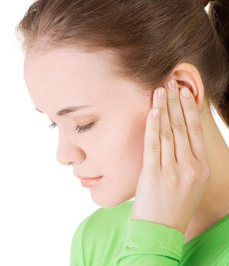 9 изпитани домашни лека за болки в ушите
