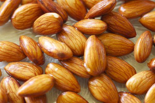 Бадемови кълнове за максимално здраве