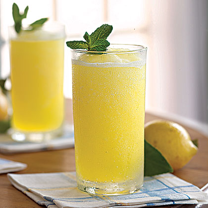frozen-lemonade-ay-1875701-x