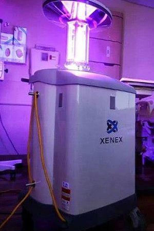 Край! Робот с UV светлина убива Ебола за 2 минути