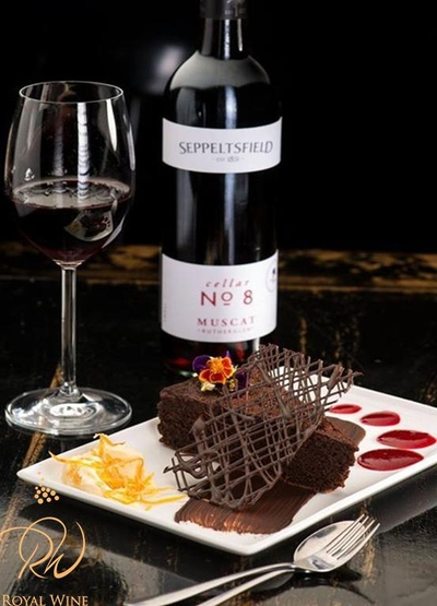 "Шоколад, цветя или вино? Подгответе ""гореща"" нощ в деня на Св. Валентин"
