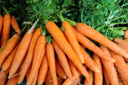 Балансирайте хормоните си с по един суров морков на ден!