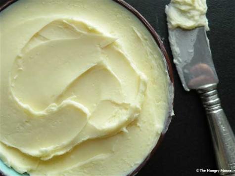 Истинско натурално масло се прави лесно у дома