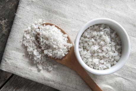 Недостатъчното сол ли всъщност незабележимо ни убива?
