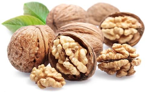 Забележителното въздействие на орехите върху тялото в рамките на само четири часа