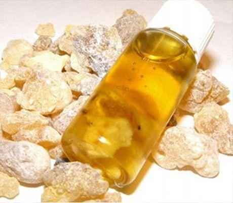 21 ефикасни употреби на маслото от тамян за здраве и красота