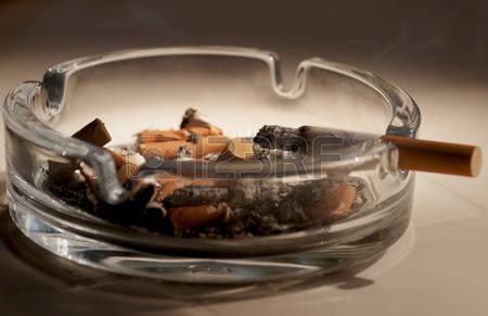 Опасностите от остатъчния цигарен дим, за които не знаете