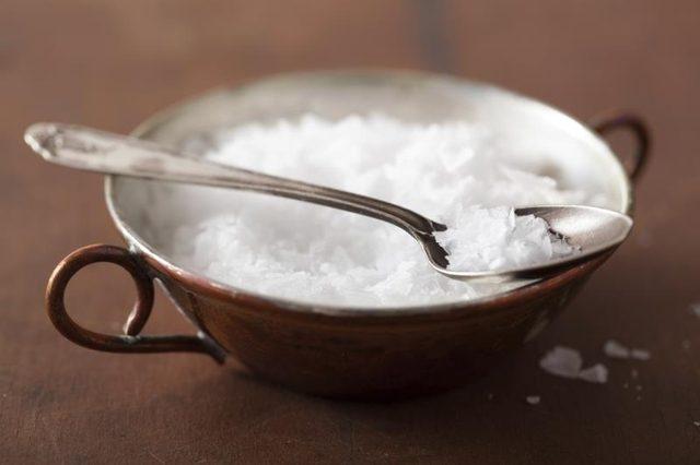 Храните се здравословно и въпреки това пълнеете? Може да имате недостиг на минерал…