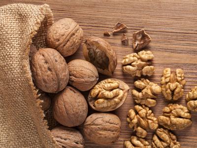 Защо орехите са супер полезна храна